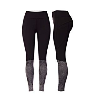 Pants - Black and grey leggings with pockets